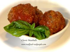 CLASSIC MEATBALLS: These tender meatballs will remind you of Sunday dinner at your Grandma's house. They freeze really well for a quick meal another night. Serve them over pasta or make a killer meatball sandwich! Pasta Recipes, Cooking Recipes, Keto Meatballs, Quick Meals, Sandwiches, Frozen, Yummy Food, Beef, Classic