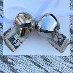 Jac o' lyn Murphy: 4 fun ways to give money for Christmas Diy Christmas Gifts For Friends, Creative Christmas Gifts, Christmas Gift Baskets, Christmas Gift Wrapping, Christmas Projects, Xmas, Christmas Games, Christmas Christmas, Christmas Ideas