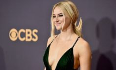 Shailene Woodley Awkwardly Admits to Not Watching TV… at the Freakin' Emmys!