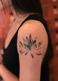 Lotus tattoo by Khandiie