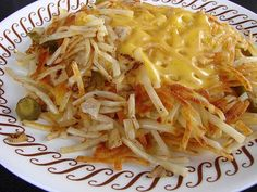 Waffle House Hash Browns Ingredients: 4 cups shredded potatoes, peeled 1 teaspoon salt water 1 cup ice vegetable oil, for frying How ...