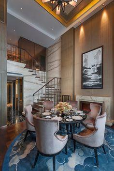 Oriental Suite Dining Room at the Mandarin Oriental Pudong, Shanghai