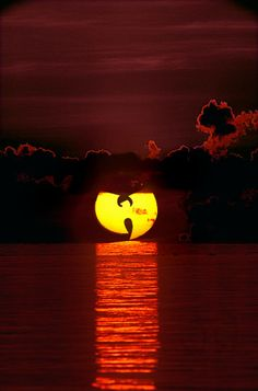 Wu-Tang sunrise or sunset? Does it matter...it's the WU! C.R.E.A.M.