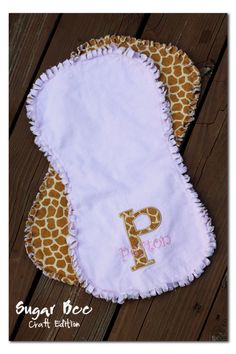 Sugar Bee Crafts: sewing, recipes, crafts, photo tips, and more!: Frayed BurpCloth