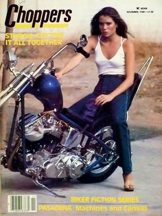 Amazing Vintage Photos Of Badass Women Riding Their Choppers E Biker, Lady Biker, Women Riding Motorcycles, Old School Chopper, Old School Vans, Ape Hangers, Harley Davidson Chopper, Badass Women, Vintage Photos