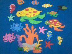 Kit para painel fundo do mar.Ideal para decoração de sala de aula,festa infantil,igrejas e murais.Envio no kit: 2 crianças nadando(podendo escolher o modelo das crianças);2 plantas aquáticas;6 peixes em modelos variados;4 estrelas;4 cavalos marinhos;4 polvos;2 carangueijos,2 tartarugas marinhas e... Arts And Crafts, Children, Flowers, Attendance Board, Summer Decorating, Tropical Party, Jelly Beans, Blue Nails, Patterns