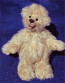kostenloses Schnittmuster Teddy, Monika Schleich
