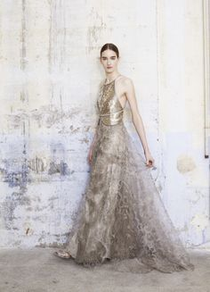 ♥ Romance of the Maiden ♥ couture gowns worthy of a fairytale - Armani Privé. Giorgio Armani, Beautiful Gowns, Beautiful Outfits, Loft Wedding, Garden Wedding, Armani Prive, Madame, Bridal Looks, Dream Dress