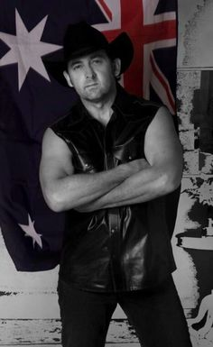 Lee Kernaghan Amazing Music, Good Music, Country Singers, Country Music, Australian People, Country Guys, Music Icon, Cool Bands, Famous People