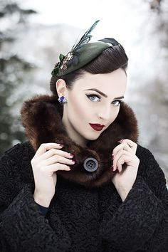Idda van Munster: Winter time with Jazzafine pieces full of verve Vintage Glamour, Style Vintage, Vintage Beauty, Vintage Looks, Vintage Inspired, Moda Vintage, Vintage Girls, Retro Vintage, Estilo Pin Up