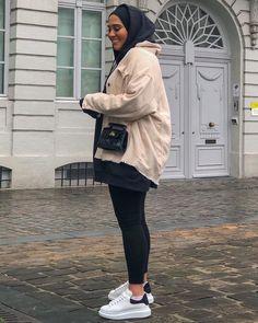 Modern Hijab Fashion, Street Hijab Fashion, Muslim Fashion, Modest Fashion, Mode Outfits, Fashion Outfits, Hijab Fashionista, Hijab Outfit, Hijab Dress