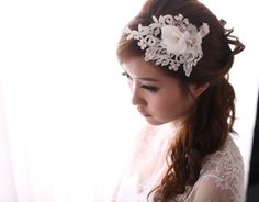 《Being of Love》蕾絲枝蔓婚禮頭飾 / 法式穿珠新娘髮飾 - Being of Love | Pinkoi