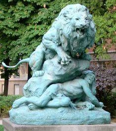 Henri Fougues : Lion rugissant, Square Cambronne, Paris XV