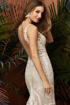 Shop Wtoo by Watter's collection of unique, modern, yet feminine wedding dresses. a&bé bridal shop is an official Wtoo by Watters wedding dress retailer. Bridal Collection, Dress Collection, Bridal Wedding Dresses, Bridesmaid Dresses, Wtoo Bridal, Beautiful Gowns, Fall 2018, Frisco Texas, Covered Buttons