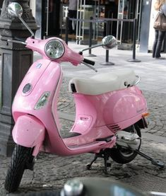 "Oooh, Vespa love.  Pink, Vespa love.    I need to pin this in the ""Things I'd love to own"" category, too!"