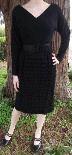 Dress vintage black belts 15 New Ideas Minimal Fashion, White Fashion, Emerald Green Dress Long, Trendy Dresses, Nice Dresses, Mint Skinny Jeans, Polyvore Dress, Maxi Outfits, Fringe Skirt