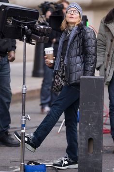Jodie Foster, Director   Filming Money Monster with Julia Roberts and George Clooney