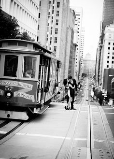 Photo-Of-The-Day: Engaged in San Francisco