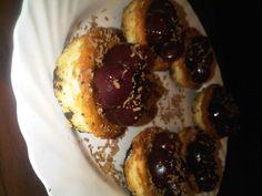 Mini Cherry & Oreo cheesecakes