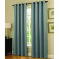Stylish Ways to Decorate curtains around patio door tips for 2019 Sliding Door Window Treatments, Sliding Door Blinds, Sliding Panels, Sliding Glass Door, Glass Door Curtains, Patio Door Curtains, Horizontal Blinds, Windows And Doors, Stylish