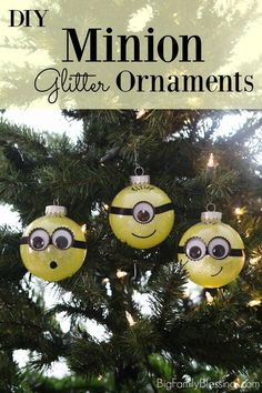 Sharing a tutorial for these fun DIY Minion Glitter Ornaments. Perfect for hanging on the Christmas tree or gifting to the Minion lover in your life! #MinionsAtTarget #ad @target