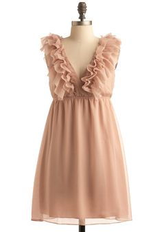 love muted peach, and vintage ruffles. i could so dress this up with some heels, or dress it down with a jean coat. i want it!