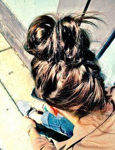 Upside down french braided bun--katie will have do this to my hair! French Braid Short Hair, Half French Braids, Upside Down French Braid, Pretty Hairstyles, Braided Hairstyles, Cool Braids, Creative Hairstyles, Mermaid Hair, Dream Hair