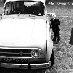 Renault 4 and kids