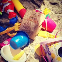 A day at the beach needs two things: games and snacks Bakery, Snacks, Photo And Video, Games, Videos, Beach, Creative, Inspiration, Instagram