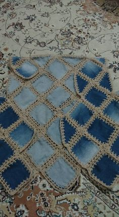Best 11 grannie square and denim quilt – Yahoo Image Search Results – SkillOfKing. Diy Crafts New, Diy Crafts Crochet, Crochet Fabric, Crochet Quilt, Knitting Patterns Free, Crochet Patterns, Crochet Jumper, Diy Bags Purses, Jean Crafts