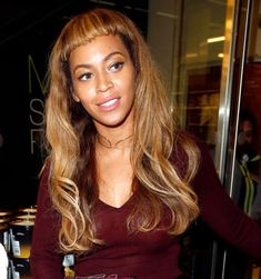 Is it just us or is Beyoncé absolutely rocking the Bettie Page Bangs these days? Love it!