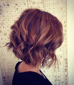 Short Hairstyles for Women with Wavy Hair 2018 - hairstyles 19