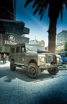 Land rover santana jeep series 2a wagon modified with: 1/ defender td5 chassis plastic rear tank 2/ ome suspensions 3/ motor nissan 3.2 diesel 350 n/m torque 4/ complet inside - Bogota