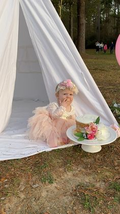 1 year old baby first birthday pictures photography session outdoor teepee with flowers. Behind the scenes Teepee Photography, Outdoor Baby Photography, Newborn Baby Photography, Children Photography, Toddler Pictures, Newborn Pictures, Baby Pictures, Cute Funny Baby Videos, Cute Funny Babies