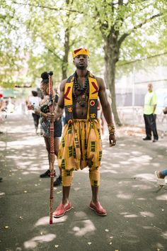 The Black Outcasts Of The Afropunk Movement - Black University - African Clothing For Men, African Men Fashion, Africa Fashion, African Women, Ankara Fashion, Afro Punk Fashion, Dope Fashion, Colorful Fashion, African Print Dresses