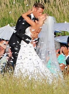 Julianne Hough married NHL pro Brooks Laich in a stunning ceremony in Idaho on Saturday, July 8 — see photos from the ceremony and the rest of her wedding weekend!
