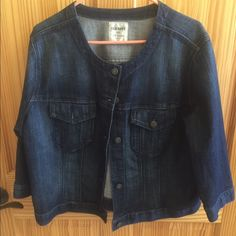 Adorable jeans jacket! This is adorable. Sleeves a little shorter making it to cute! You can leave down or roll up. Never worn. Bought just never found anything to wear with it. NWOT Old Navy Jackets & Coats Jean Jackets