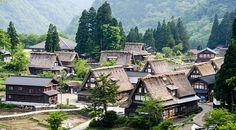 Gassho-zukuri minshuku in Gokayama