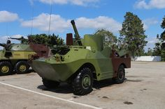 Cuban with an mortar Cuban Army, Armed Forces, Military Vehicles, Cold War, Countries, Modern, Special Forces, Trendy Tree, Army Vehicles