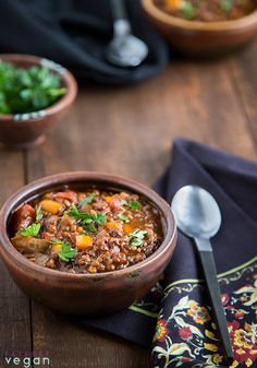 Pressure Cooker Black and Red Lentil Chili: Black lentils hold their shape and add a hearty texture while red lentils soften and thicken this smoky, flavorful vegan chili. Lentil Chili Recipe, Chili Recipes, Lentil Soup, Vegan Soups, Vegetarian Recipes, Vegan Food, Whole Food Recipes, Cooking Recipes, Free Recipes