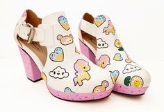 These make me want to get out my Dr Scholl's sandals and do some painting! Tokidoki Fan Art Shoes Kawaii fashion