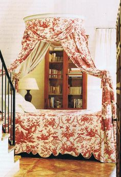 Toile de Jouy antique French polonaise bed - House and Garden archives
