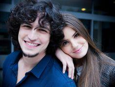 """A produção da novela """"Verdades Secretas"""" promete ter muito trabalho nestes próximos dias. Tudo porque estão previstos dois casamentos para Ange..."""