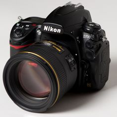 The be(a)st Nikon lens for portraits.