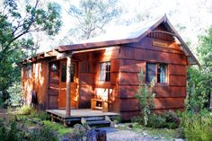 Cosy and secluded double cabin accommodation hidden away in a Cradle Mountain wilderness setting at Cradle Mountain Highlanders Cottages in Tasmania Australia. Cottages And Bungalows, Cabins And Cottages, Log Cabins, Cozy Cabin, Cozy Cottage, Cabin Homes, Log Homes, Cute Little Houses, My House Plans
