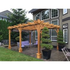 There are lots of pergola designs for you to choose from. You can choose the design based on various factors. First of all you have to decide where you are going to have your pergola and how much shade you want. Diy Pergola, Pergola Decorations, Cedar Pergola, Pergola Canopy, Deck With Pergola, Outdoor Pergola, Covered Pergola, Backyard Pergola, Pergola Shade