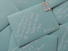 If I had the time, this is how I would do invitations. Cute idea though