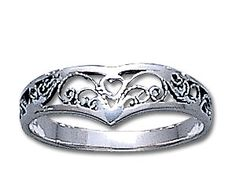 ring Silver Celtic Rings, Silver Claddagh Ring, Claddagh Rings, Silver Rings, Irish Rings, Pretty Rings, Girls Best Friend, Metal Working, Worksheets