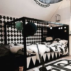 How many ways are there to customize the Ikea Kura bed? Here you are seven more amazing Kura hacks! Girl Room, Girls Bedroom, Ikea Kura Hack, Cool Beds, Kid Beds, Design, Kidsroom, Bed Linen, Ideas