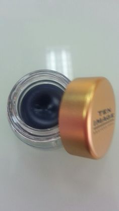 Eyeliner crema